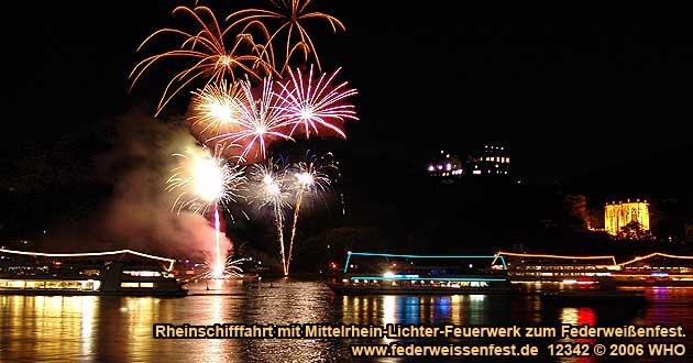 Rheinschifffahrt Mittelrhein-Lichter zum Federweißenfest-Feuerwerk